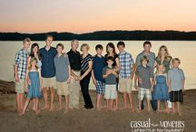 Extended Family Sessions / Multigenerational family portraits by Casual Moments Photography