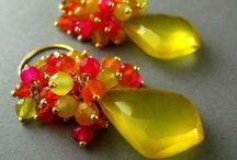 Bijoux : earrings - boucles d'oreille