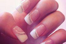white tip french manicure w/glitter