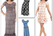 A Pattern: Misses Dresses / by Janine Colasurdo