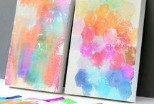 Canvas Art for Kids / There are so many ways to make a plain canvas beautiful! Follow along and get crafty with us!