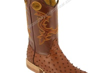 Cowboy Boots / Bronco w Boots - Wide Square Toe Boots.