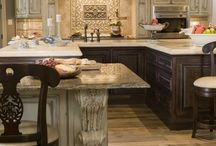 Kitchens / by Vickie green