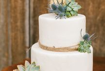 Wedding - Cake Ideas / Collection of possible wedding cakes / by Macie Hummer