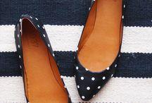 Sapatos / Sapatilhas , sandálias , chinelo e mais ......