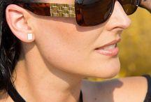 Esprit napszemüvegek / Az Esprit márka a fiatalos életstílust képviseli. Az exluzív, ugyanakkor megfizethető kiegészítőivel stílust teremt a hétköznapokban is, már 1995 óta! Esprit napszemüvegek széles választékban! Minden Esprit napszemüveg UV 400 szűrős,  így védi a szemet az ultraibolya sugárzástól. Modern, elegáns formák, változatos színek! Válogasson termékeink között, hogy megtalálja az önhöz legjobban illő modellt!   Minden termékünk hivatalos beszerzési forrásból származik!