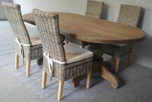 פינות אוכל / הגלריה המקסיקנית המקום לעיצוב הבית, בחנות ובאתר הבית www.mexican-gallery.co.il ניתן למצוא מגוון רחב של פריטים לבית כמו: שולחנות אוכל, מראות מעוצבות, כורסאות מעוצבות, שידות מעוצבות, רהיטים מעץ מלא, כסאות בר, כסאות לפינת אוכל, פינת אוכל עגולה, שולחן בר למטבח, כסאות אוכל, מנורת רצפה, שולחנות סלון, רהיטים מעוצבים לבית וכו'.