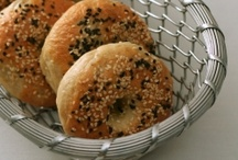 Bread Recipes / by Barbie Brunello