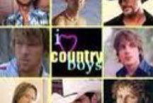 Country Singers / by Chere Webster