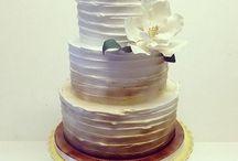 Wedding boquets/cakes / centerpieces