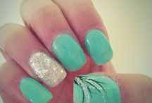 Fake nails / I love doing my nails I like to grow my nails really long if possible
