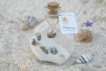 Beach Wedding Favors / From picture frames to flip-flops and candles, The Sands Atlantic Beach Wedding Favors Board has some cute ideas to send your guests home with.