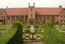 Historical Gardens / Historical Gardens around the World.