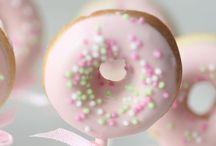 sweet table / Kleine, leckere, süße Ideen für deine Candy Bar, Donut Wand oder Sweet Table!