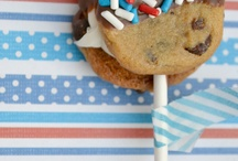 Fourth of July! / Time to celebrate the USA's birthday with these festive treats! :) / by Katrina Nieto