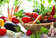 ZöldVital - Turmixok, smoothiek, zöldség, gyümölcs / Zöld turmix, turmix, smoothie receptek. Zöldségek, gyümölcsök gyógyhatásai. Nyers táplálkozás bio zöld levelekkel. Préselt, 100%-os, BIO italok! https://goo.gl/V15z5g