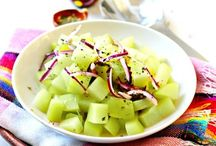 Mexican Salads / A collection of Mexican Salad recipes and Vegetarian options.