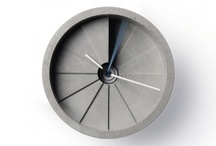 S L A B - Concrete Homewares, lighting, clocks, jewellery and pendants / Setting Style in Concrete