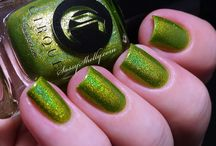 Panacea / A flashy chartreuse with a rainbow holographic finish