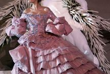 Fashion with historical inspiration
