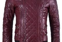 Balmain: Burgundy Biker Leather Jacket; 2.350€