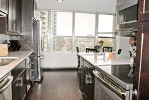 Lakeview Hi-rise Condo Remodel - quartz island, gut bathroom & kitchen / Full remodel includes:kitchen, bathroom and hardwood flooring in one bedroom 800 sq ft condo unit in Chicago, IL - Lakeview area near Wrigley Field.  Go Cubs!!
