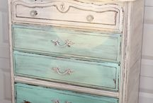 Chalk paint art