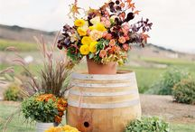 Fall Wedding Inspiration / Earthy fall wedding inspiration for modern brides. Our pins feature centerpieces, cake designs, wedding decor, wedding and bridesmaid's dresses and more!