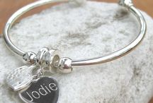 Engraved Jewellery / If you're looking for gorgeous engraved jewellery for her, look no further. From silver bangles to pearl necklaces, we're sure you'll find something you just love right here!