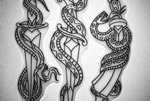Tattoo adaga