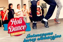 HoliDance 2016 / Wytańcz się z nami w wakacje! Poza regularnymi kursami, które odbywają się u nas przez całe wakacje, zapraszamy na specjalne zajęcia wakacyjne HoliDance - intensywne 5-dniowe (pon-pt) zajęcia z różnych technik tanecznych na różnych poziomach! Przedłuż sobie wakacje z SL do końca września! Dodatkowo zgarnij rabaty do szkoły językowej Speak Up!
