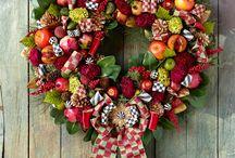 Love Christmas / Feel the Christmas Spirit / by Marianne Pavlova