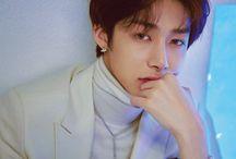 Hyungwon / 50% good looking 50% meme