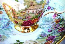 Tea cups vintage