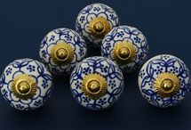 Ceramic Cabinet Knob Sets / We have picked up some of our most popular cabinet and drawer knobs and have arranged them as sets of 6 and 4. Choose a set that suits your style.