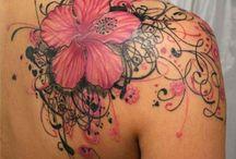 Tatuagens nos ombros