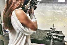 ARMES & FEMMES