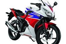 Honda CBR 150 STD / Repsol / Marketing Support Dealer Resmi Honda Melayani Kredit Motor Honda CBR 150 STD / Repsol Wilayah Jakarta, Depok, Tangerang dan Bekasi.
