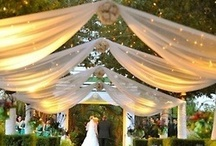 wedding || aisles / Inspiring ideas for indoors and outdoors wedding aisles, including beach aisles, woodlands aisles, indoors impactful installations