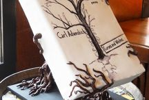 Book Themed Party Ideas / I love the idea of a book themed party.
