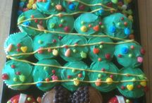 holiday cupcakes! / by Jennifer Shanley