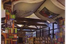 Bookshelves and libraries / any pictures of books that I love