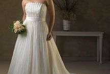Best Wedding Dress For Short Bride
