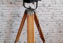 VINTAGE  TRIPOD  LAMP,