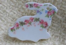China Shapes and Critters Jewelry / We just LOVE these amazing pieces USA crafted with hand cut china.  Choose from gorgeous floral roses patterns and shapes of hearts, crosses, and critters.