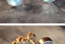 Baubles: Earrings