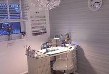 Nail studio