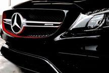 AUTO / Mercedes