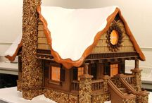 GINGERBREAD/COOKIE HOUSES