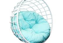 DECORATE: Furniture / by Dawn Oxnard